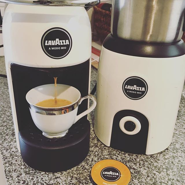 🇦🇺Making an espresso for my beautiful dad - love you! ☕️🙋🏽♂️ #happyfathersday . . #love #dad #sunday #funday #loveyou #enjoy #cheers #support #family #coffee #lavazza #lavazzacoffee #italia #italiancoffee #espresso #coffeepods #padre #papa #father #melbournelifelovetravel #melbourne #australia #celebrate #love #life #italy