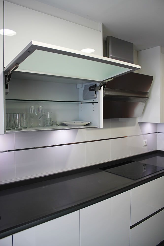 117 best ideas about cocinas on pinterest stove white - Outlet cocinas madrid ...