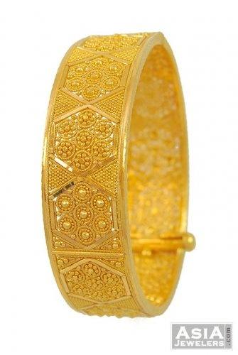 22Kt Indian Baby Gold | Gold Indian Kada (22Kt) - AjBa53116 - US$ 2,485 - 22K Gold wide bangle ...
