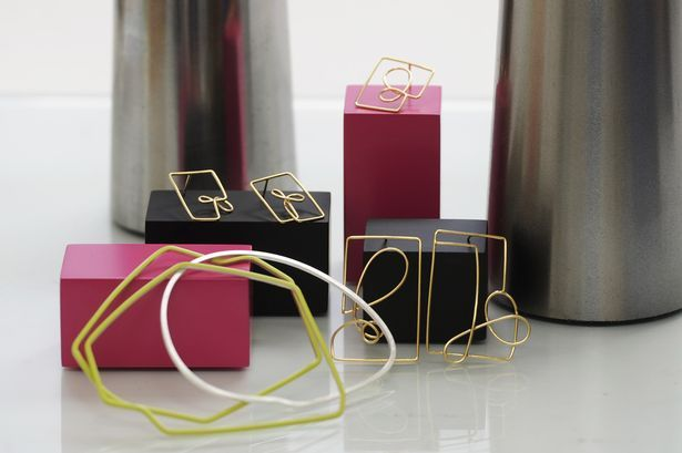 Jewellery designs by Amy Logan, clean compoition, packaging boxes, different levels, horizon #bywstudent