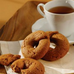 Molasses greek cookies