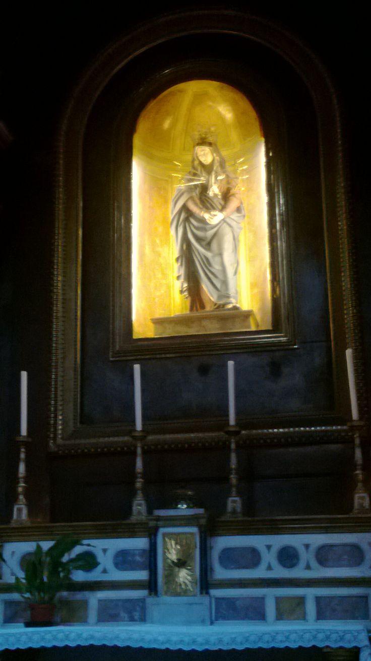 Madonna statue, Santissima Annunziata, Firenze.