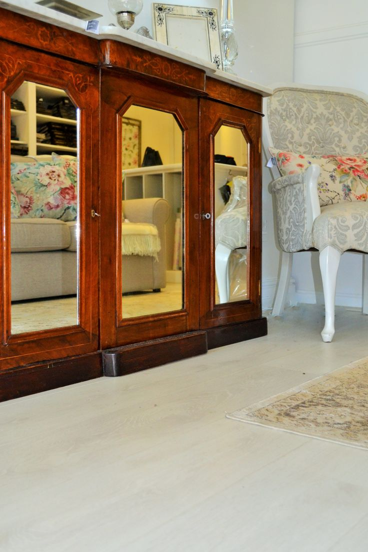 Our Aspen Oak Krono Laminate is perfect for contrasting furniture.