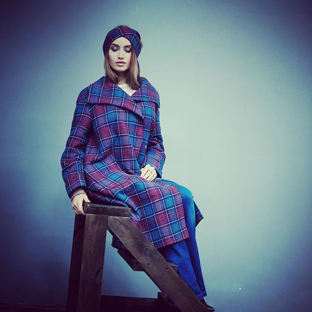 Ещё одно наше шикарное пальто из 100% шерсти линии Шанель. Идеально сочетается со стилем спорт-шик, а также с классикой. И в пир и в мир, как говорится))) #пальто #chanel #viento #myviento #ателье #онлайнателье #НОВОСИБИРСК #пальтокупить #пальтокупитьвмоскве