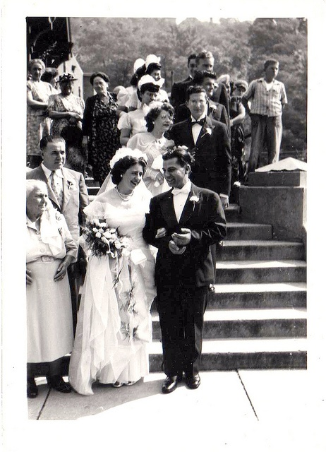 my grandparents! I wonder what happened to that dress...