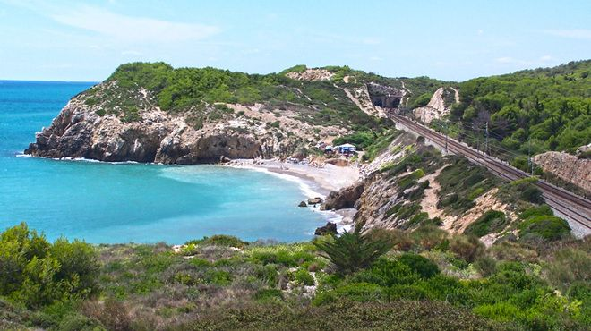 Top 10 beaches in Catalonia #top #beacehs #beach #playa #barcelona #bcn #catalonia #sun #sea
