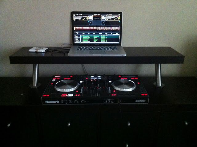 17 best images about dj table on pinterest dj equipment shelving solutions and furniture. Black Bedroom Furniture Sets. Home Design Ideas