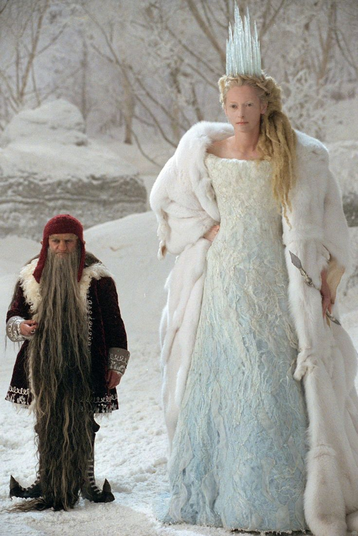I know she's evil, but I kind of want to be her. Love her dress, her ice hair, and to make it snow whenever I want, muhahaha! The White Witch (Tilda Swinton) in The Lion, the Witch and the Wardrobe.