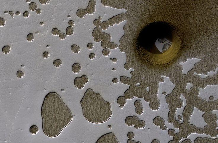 Mars'taki dev çukur bilim insanları için merak konusu - https://teknoformat.com/marstaki-dev-cukur-bilim-insanlari-icin-merak-konusu-16500