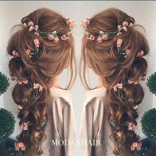 Bridesmaid floral hair style #hair #floral #bridesmaid #wedding
