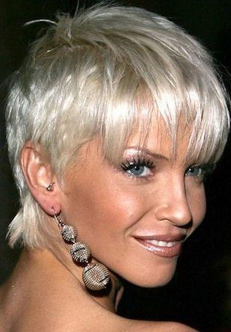 Foto taglio capelli corti donne