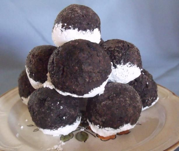 Easy Peasy Oreo Balls. Photo by Darkhunter Note- we made these today ...