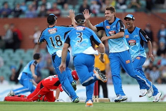Adelaide Strikers ruled out from the BBL 2016/17 competition - http://www.tsmplug.com/cricket/adelaide-strikers-ruled-out-from-the-bbl-201617-competition/