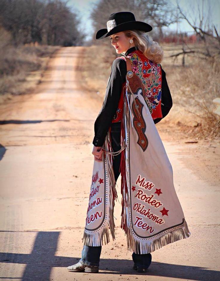 Rodeo Queen Senior Pictures