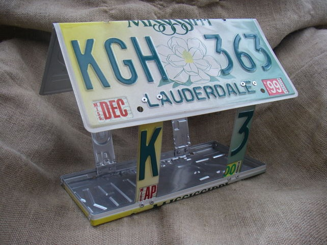 Licence Plate Bird Feeder