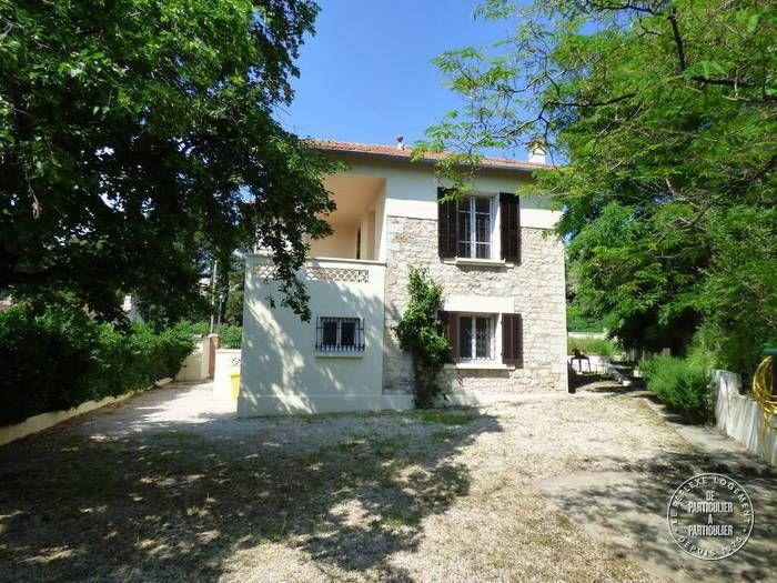 Vente maison 9 m² Marseille 9E - 9 m² - 9.9 €  De