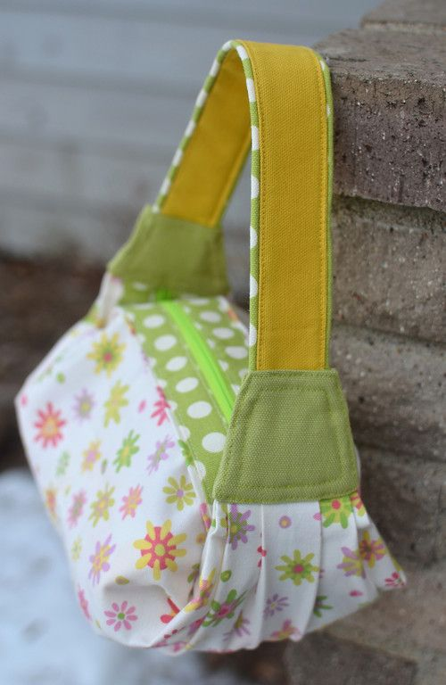 ikat bag: Make A Bag Chapter 13: The Seventh Bag - Pleats and Folds