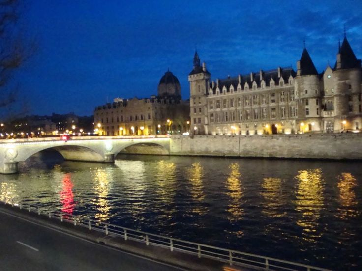 Awesome A Paris Guide The River Seine also River Seine In France | Goventures.org