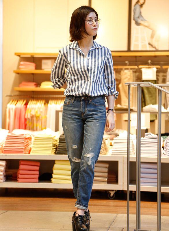 """【渋谷店スタッフ注目コーデ】 シャツにデニムとトラッドな""""イイコファッション""""はこの春のトレンドの一つ。究極にシンプルな着こなしで「大人見えカジュアル」の完成。   ■オンラインストアはこちら http://www.gap.co.jp/browse/division.do?cid=5063 ■渋谷店 http://loco.yahoo.co.jp/place/d297ba4129a236f1a51eeace4d76477e0db4468e/"""