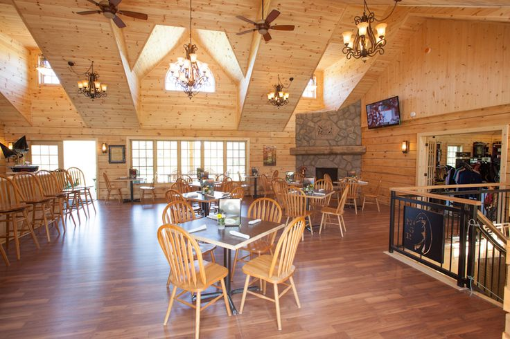 Colonial Concepts Log & Timberframe - Interior of North Granite Ridge Golf Course