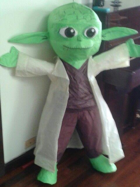 Yoda Piñata