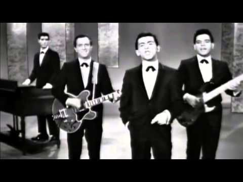 ▶ Frankie Vallie and The Four Seasons Big Girls Don't Cry - YouTube