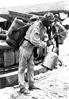 los obreros tenían que trabajar jornadas de más de catorce horas para recibir un sueldo que no alcanzaba para nada
