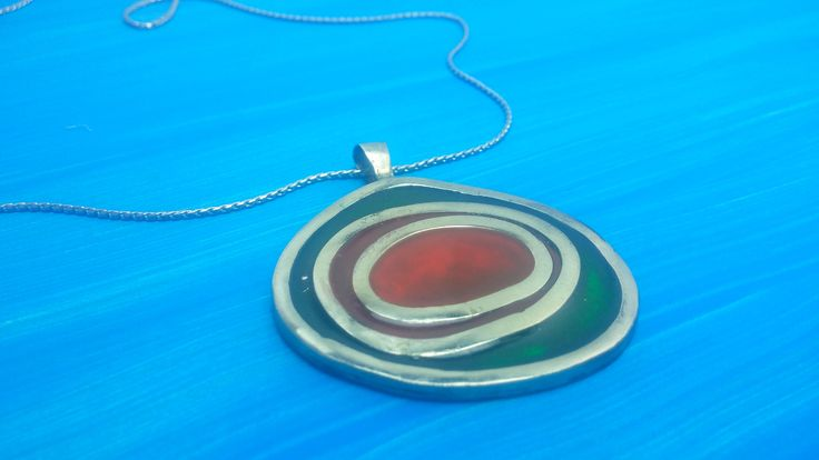 COLORED NECKLACE. green red pendant. Modern necklace. Necklace woman. Colorful necklace.  Silver green red pendant. Original necklace. green de MAGUILAART en Etsy