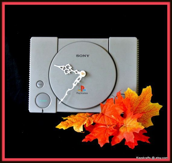 Playstation1 Clock, Gamers Room Clock, Refurbished Playstation PS1 Clock, Man Cave Decor, Teen Bedroom Decor, Dorm Decor, Christmas Gift – – #GamerRoo…