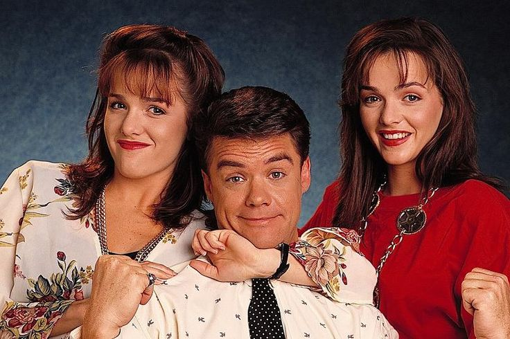 Christina & Paul Robinson with Caroline Alessi  #neighbours #90s #StefanDennis #Gayle Blakeney #GillianBlakeney
