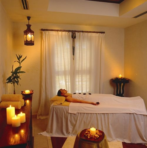 The Satori Spa offers treatments for the sole purpose of relaxation and rejuvenation in luxurious comfort.