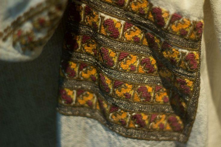 Romanian blouse from Bucovina.