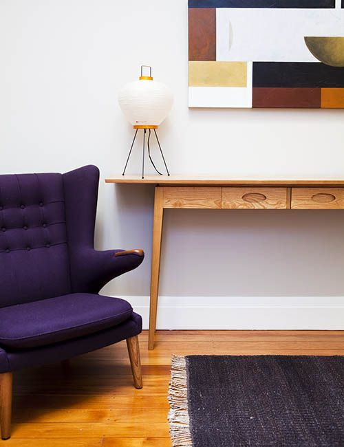 COOGEE HOUSE | alwill  #lamp #interiors #wood #art #armchair