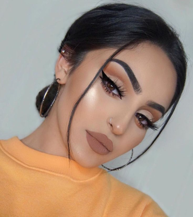 "207.7k Likes, 818 Comments - Huda Kattan (@hudabeauty) on Instagram: ""Stunning @rahmanbeauty  @shophudabeauty lashes in Noelle Do you guys want a tutorial?"""