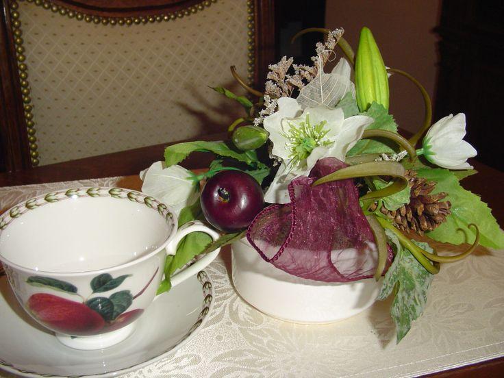 Manzanitas y flores blancas para el te.