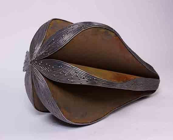 """Καλλιόπη Λεμού, """"Σπόρος"""", 2012, μέταλλο, 86 x 44 x 46 εκ., a.antonopoulou.art (Αθήνα)"""