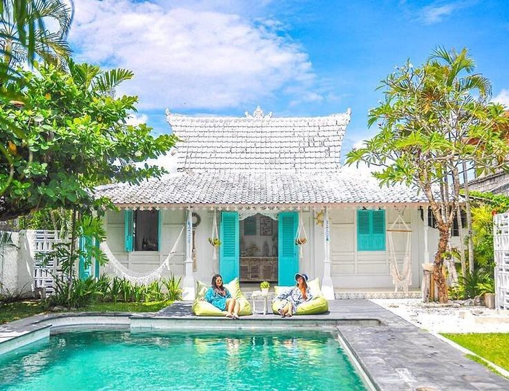 . SooBali Atap Putih 1br villa Seminyak - A beautiful day to spend by the pool  : @molo.silaban - Book directly on our website www.soobali.com
