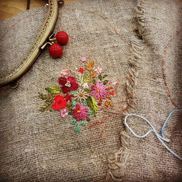 #Embroidery#stitch#needlework#Hemp linen #프랑스자수#일산프랑스자수#자수#햄프린넨 #가을가을~~