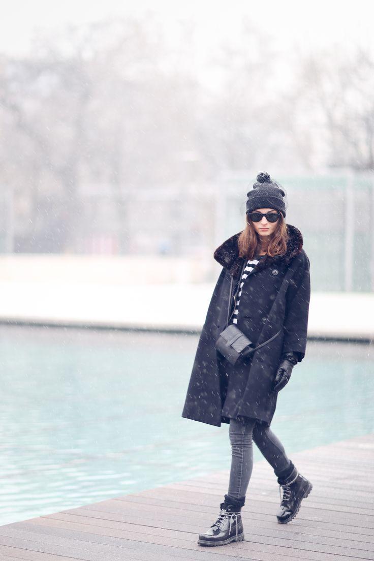 CATERPILLAR shoes | VINTAGE coat | BERSHKA hat | PRIMARK jeans  | PRIMARK bag | H&M top | MANGO jacket.