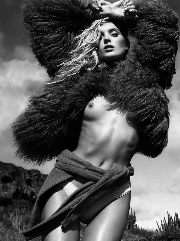 ELSA HOSK ARRASA EM LOOKS COM PELES PARA A VOGUE ESPANHA JULHO 2016  Fragmentos de Moda