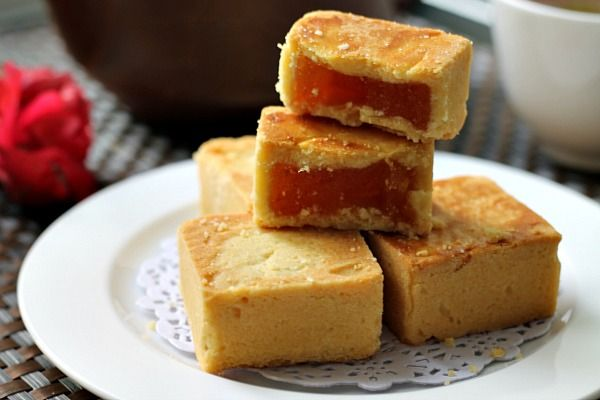 Taiwanese pineapple shortcakes ( pastry )