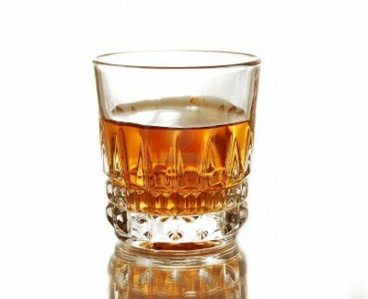 Este es un vaso de ron. Se utiliza como un aroma y se utiliza para dar sabor.