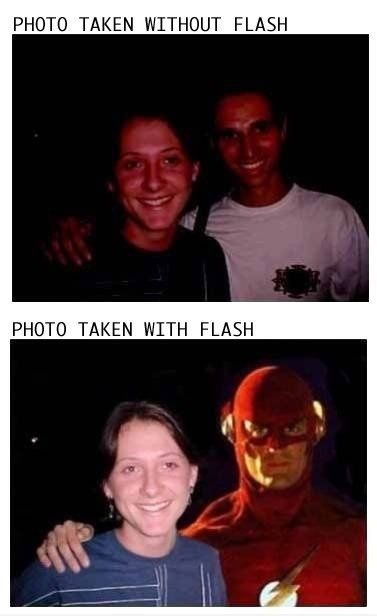 Photo with and without Flash! LMAO!Photography Lessons, Humor Pictures, The Flash, Funny Pictures, Photography Tips, Funny Stuff, Funnystuff, Flash Gordon, Flash Photography