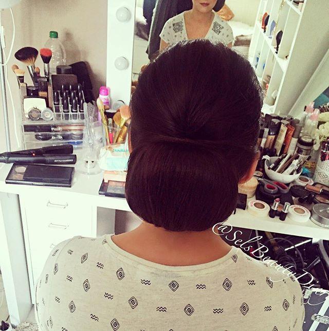 WEBSTA @ selsbeautydiary - ❤️ #work#hair#updo#makeupartist#makeup#hairstyle#germany#wedding#bridesmaid#weddingday#hairstyles#mönchengladbach#love#hairstylist