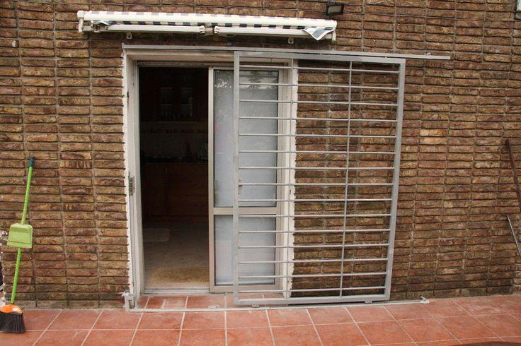 Puertas rejas corredizas puertas corredizas puerta for Cortinas para balcones exteriores