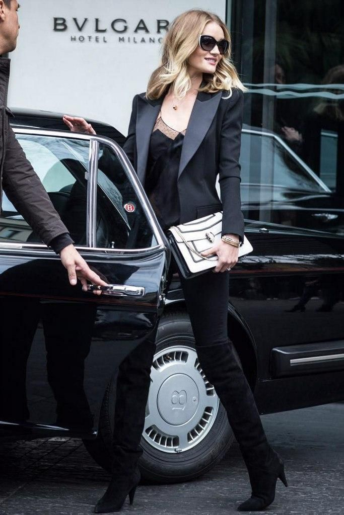 Rosie Huntington-Whiteley wearing Balmain Black Wool/Polyester/Silk Tuxedo Jacket, Paige Transcend Verdugo Jeans in Black Shadow,