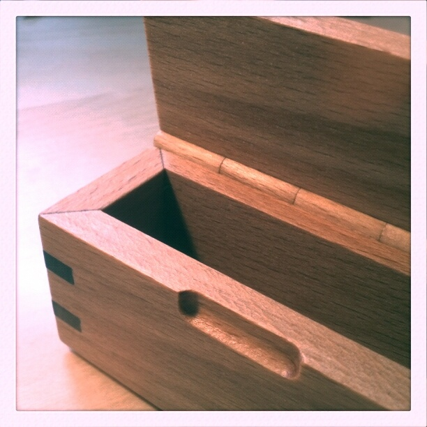 small box (100 x 40 x 52 mm)... beech and walnut... tung oil finish