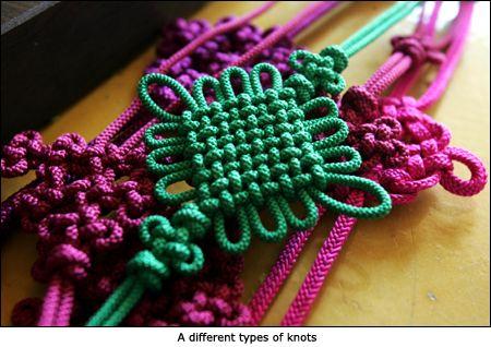 Korean artistic knot-tying craft