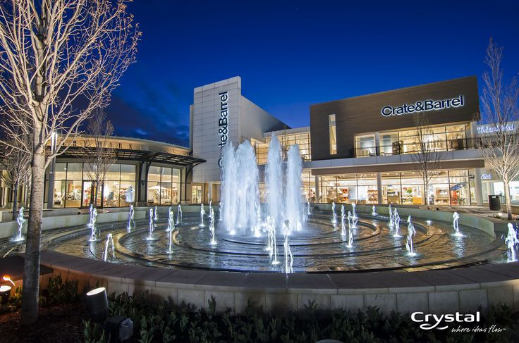 Oakbrook Center - Chicago, Illinois  Photo By Crystal Fountains - 2014