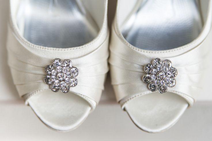 Mooie schoenen met open teen #schoenen #bruid